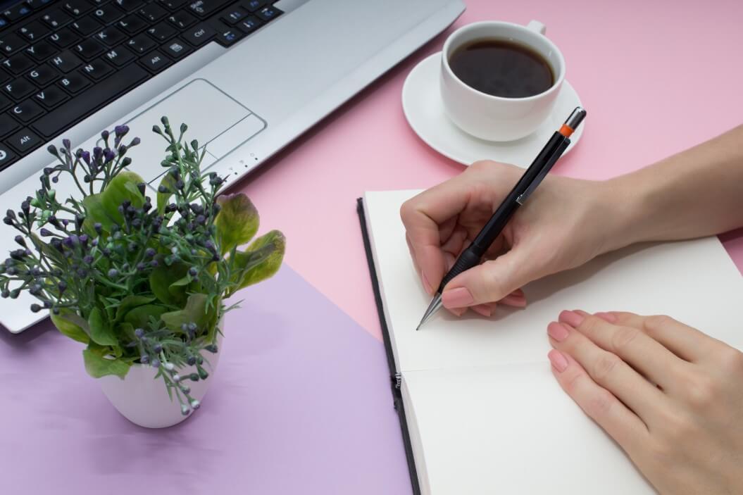 write ad copy dropshipping Shopify Dropshipping